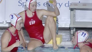 Spanish female water polo team 01, warm up