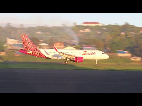 Landing Perdana Batik Air Indonesia di Manokwari - Papua Barat