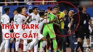 Tiến Linh va chạm, Văn Hậu cực gắt, thầy Park ra tay với U22 Indonesia | NEXT SPORTS