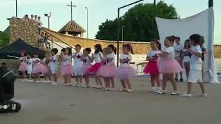 "EI 4 años ""La patita Lulú"" de Tatiana. Baile fin de curso 17-18"