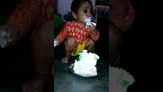 Eating cake by a baby , #Viral #Funny #Baby #Cake #Eating