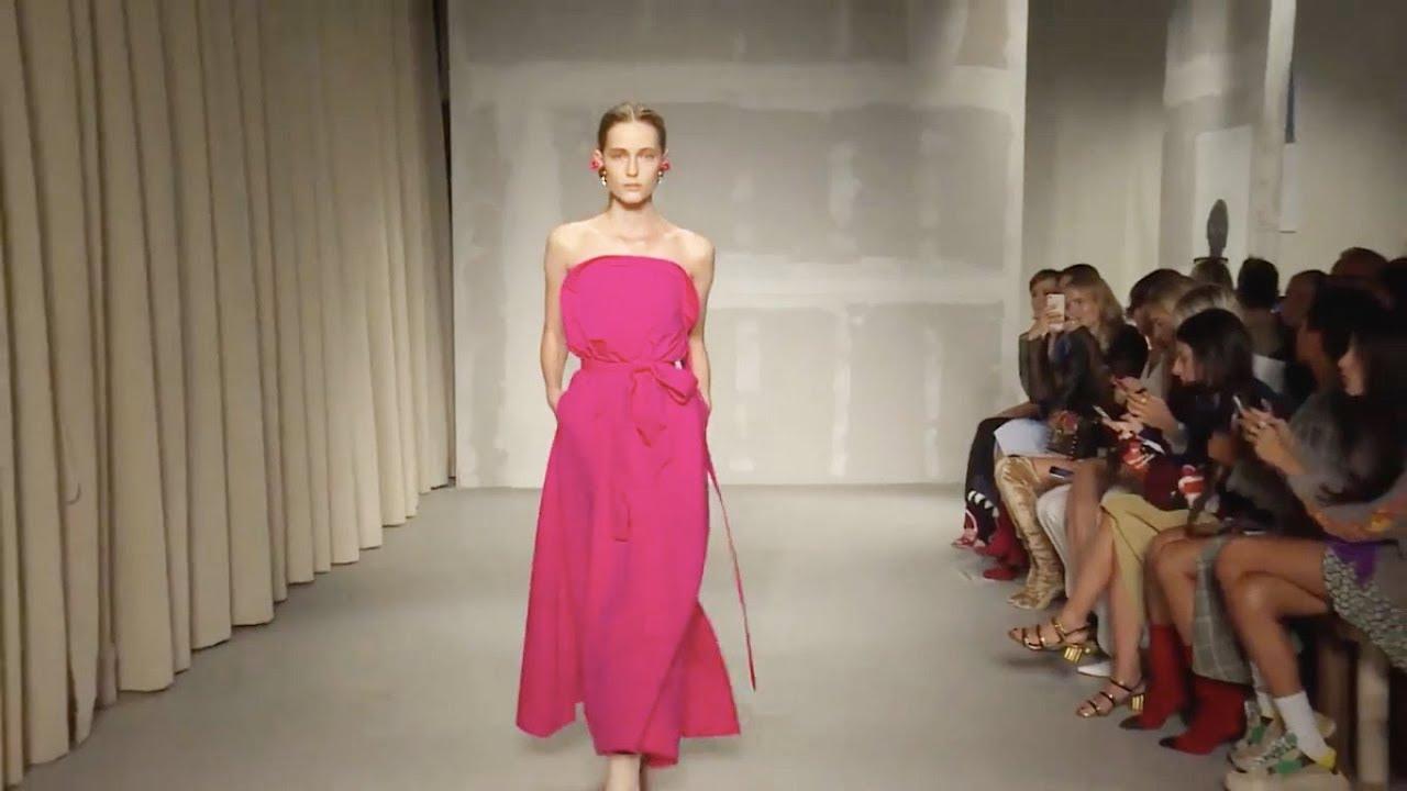 Krizia | Spring/Summer 2018 | Milan Fashion Week