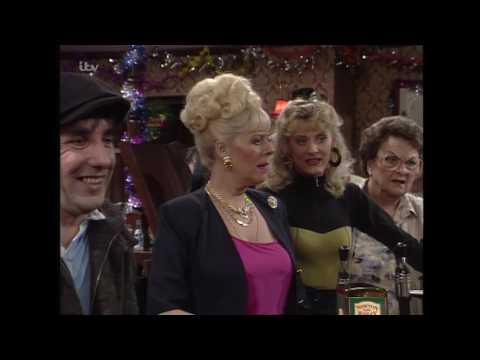 Alf Proves Everyone Wrong - Coronation Street