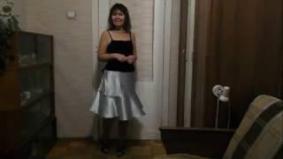 научиться шить юбку полусолнце с воланом солнце без выкройки(Научиться шить нарядную юбку полусолнце с воланом без выкройки очень просто. Всего три шва. Юбка без пояса...., 2016-12-05T16:54:14.000Z)