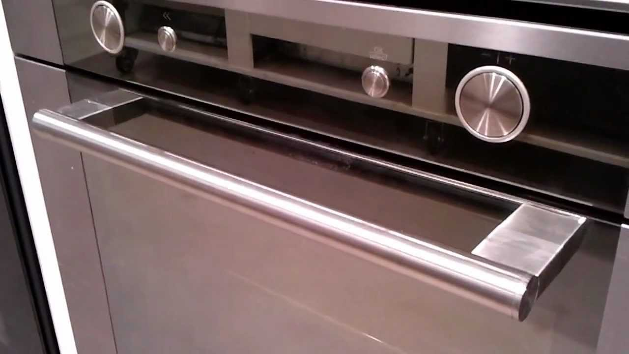 BLVES8100PT Video BAUKNECHT inbouw oven De Schouw