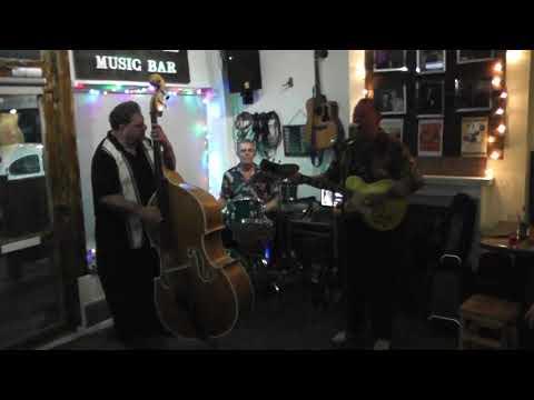 HOUSEROCKERS School Of Rock 'N' Roll PEGGY SUE'S MUSIC BAR Leigh On Sea Essex