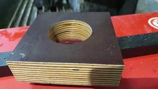 Cięcie wodą materiału sklejka 40 mm na maszynie waterjet GlobalMax z pompą 20kM