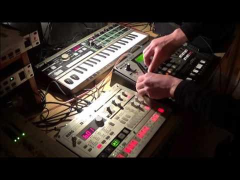 Roland mc-307, microkorg &, Korg electribe - Hardware Electronic music@Techno