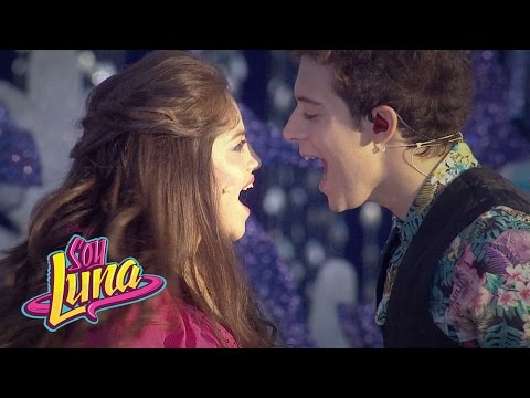 "Thumbnail: Soy Luna - Karol y Ruggero cantan ""Alas"" en Magic Kingdom"