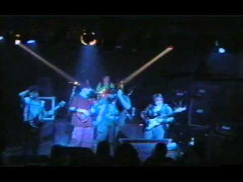 Ceda el Faso en vivo La Colorada Junio 2005