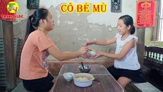 Cô Bé Bị Mù Nuôi Em Ăn Học ❤ Con Nhà Giàu Con Nhà Nghèo - Trang Vlog