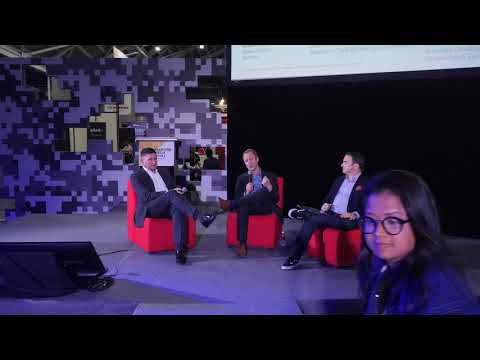 AWS at 2018 SINGAPORE FINTECH FESTIVAL - The Cloud Journey In Financial Services