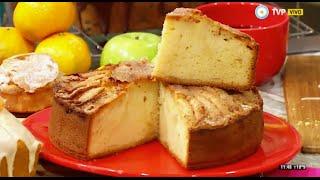 Torta de manzanas húmeda en licuadora