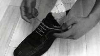 TIE YOUR SHOES FASTER!