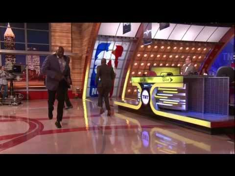 Shaq Flops - Chris Webber Laughs His Blank Off! Shaq