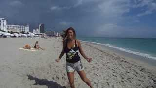 "ALE DALE ZUMBA. ""LIMBO"" EN LAS PLAYAS DE SOUTH BEACH MIAMI"