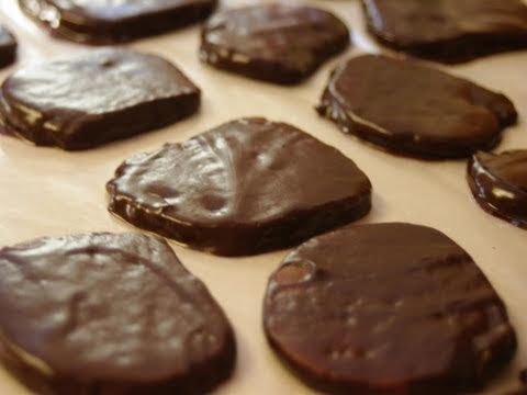 Homemade Girl Scouts Thin Mint Cookies