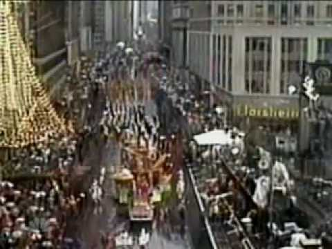Macy's Thanksgiving Day Parade: 85th Anniversary Special (11/24/2011)