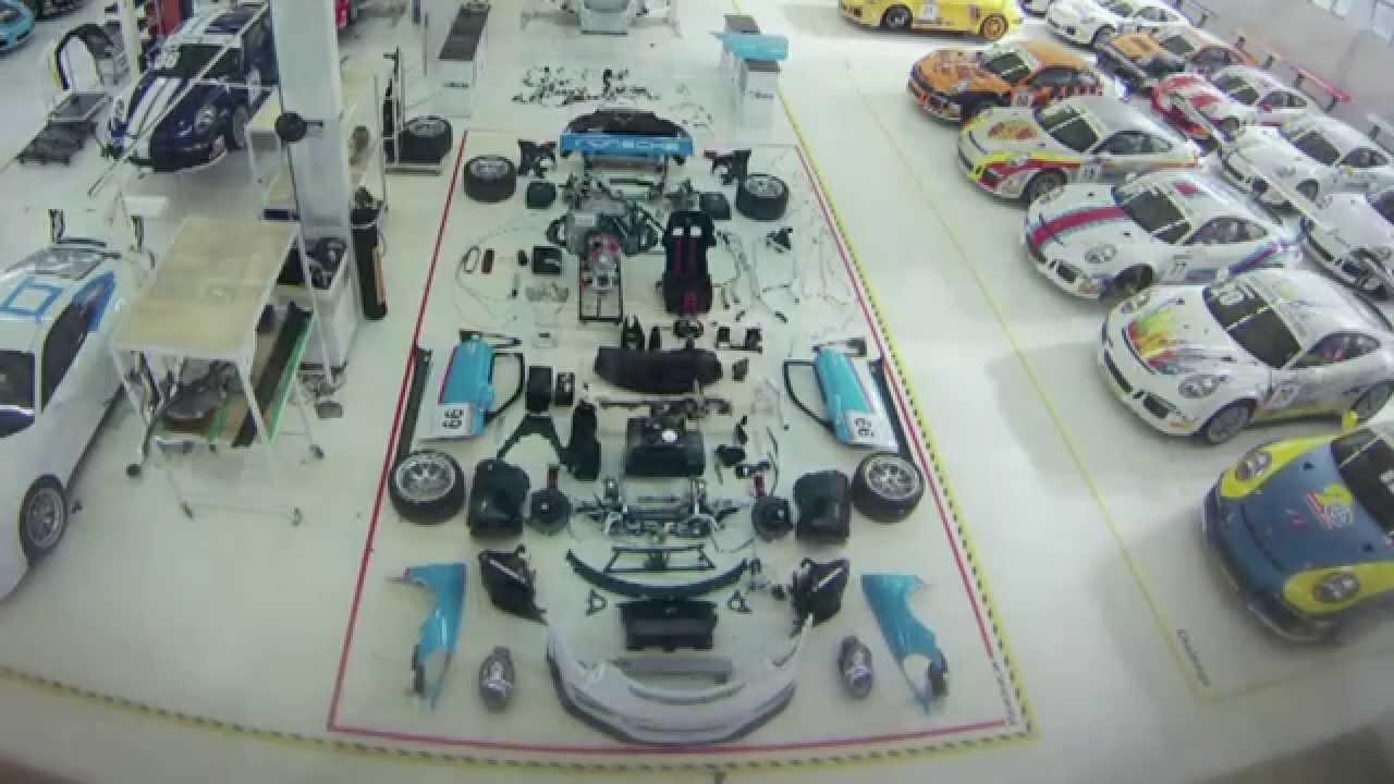 Comment assembler une Porsche 911 GT3 Cup ?