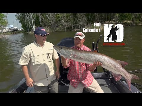 Early Spring Muskies in Green Bay, Wisconsin on the Fox River