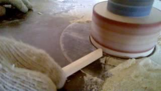 видео Чем заделать трещины в брусе и в бревнах сруба