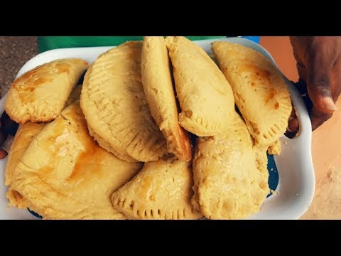 HOW TO MAKE LOCAL CHARCOAL BAKED GHANA MEAT PIE RECIPE!!