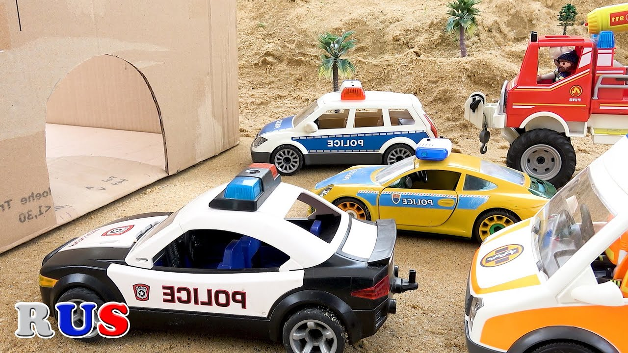 Машинки из пещеры. Полицейская машина Пожарная машина Скорая помощь