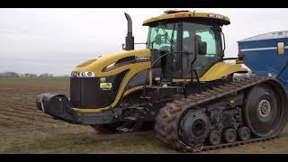 Cat MT765C Tractor & Kinze 1050 Grain Cart & John Deere 9770 Corn Harvest 2017