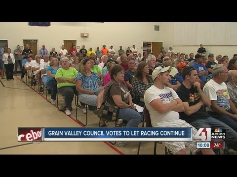 Grain Valley, Mo., residents complain of speedway noise