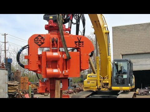 Vibratory Hammer With Side Clamp - Excavator Mounted