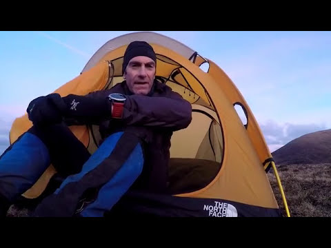 The North Face Mountain 25 Winter Wild Camping