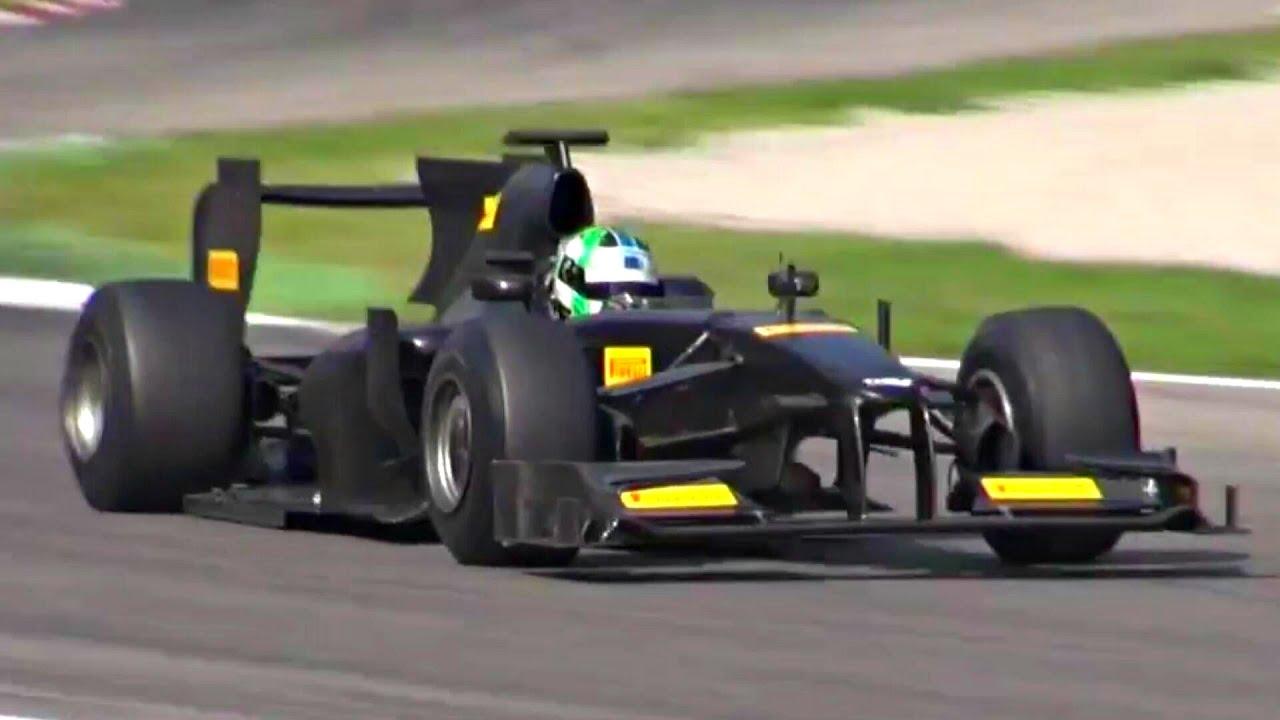 Formula 1 (F1) V8 PURE ENGINE SOUND! - YouTube