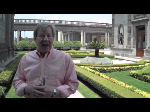 Provost Steven Olswang visits Chapultepec castle in Mexico City