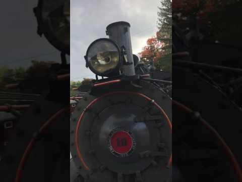Arcade & Attic Railroad (New York Steam Engine #18 Ride in Fall Folliage)
