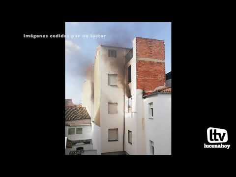 VÍDEO: Imágenes del Incendio en una vivienda de la calle San Francisco cedidas por un lector