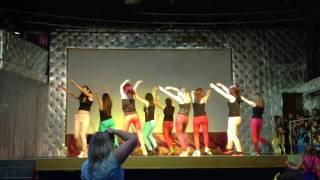 Танец тренеров «На лабутенах»