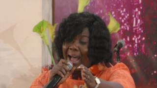 SONG MINISTRATION BY BECKY BONNIE