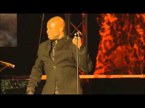 ThePianoGuys in concert. Coldplay - Paradise African Style with guest artist Alex Boye