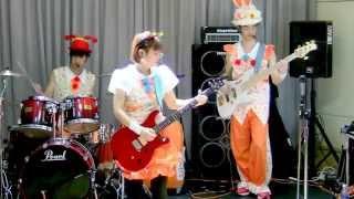 2015.4.26 新宿での演奏会でやってみました(○^o^○)一人で二人分を弾...