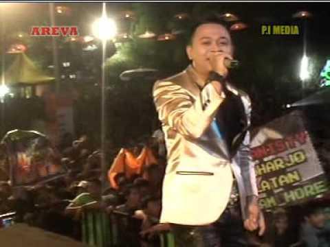 Bojo Galak Voc. Dwi Jambi - AREVA MUSIC HORE Live THR Sriwedari Solo
