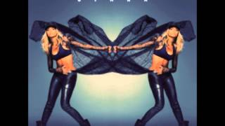 Ciara - Keep On Looking