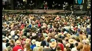 pj harvey good fortune sydney big day out 2001- 4 of 7