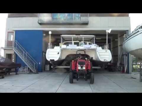 Transport naar buiten deel 2 Catamaran Plan B (55)