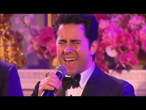 Jersey Boys performing Sherry in the White House