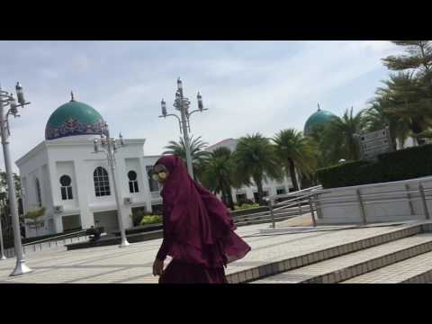 Wanita Syurga Bidadari Dunia - Oki Setiana Dewi ( wasubidu ) edited faerahnabilaaa