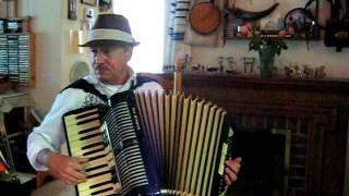 Du, Du Liegst Mir Im Herzen - German Folksong