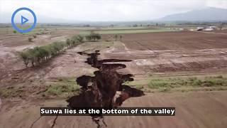 Видео  в Кении нашли место, где начался распад Африки на два материка