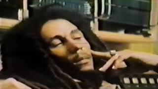 Cheer Up - Bob Marley (LYRICS/LETRA) [Reggae]