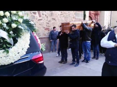 Herencia (Ciudad Real) despide al joven muerto por una paliza