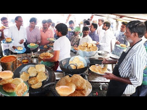 Heavy Crowd in Famous Tiffin Center at Hyderabad | Poori @ 2